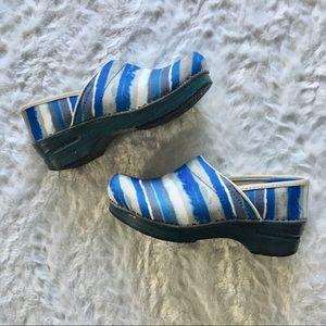 dansko / canvas blue striped watercolored clogs